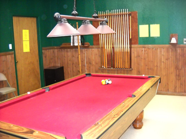 Amenities - billiards room